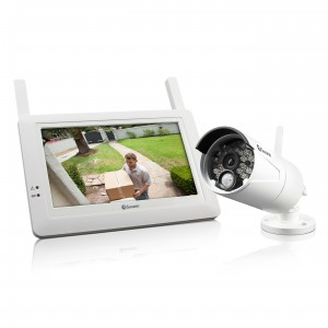 ADW-410 Wireless home surveillance system monitor and security camera view 1